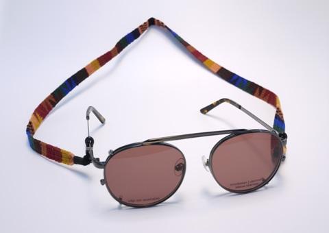 B190430glasscord1